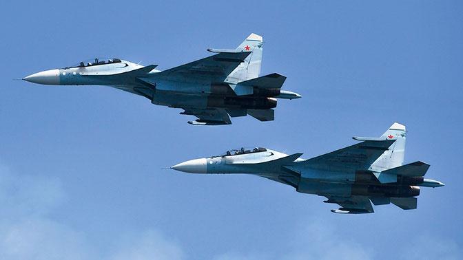 Тридцать самолетов-разведчиков провели разведку у границ РФ за неделю