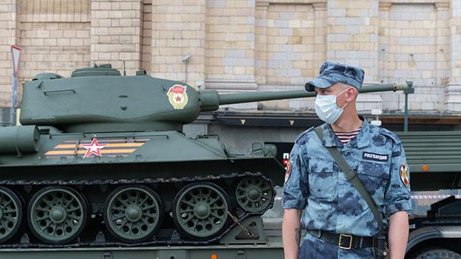 Без права на ошибку: как военные медики обеспечили безопасность проведения парада Победы в условиях COVID-19
