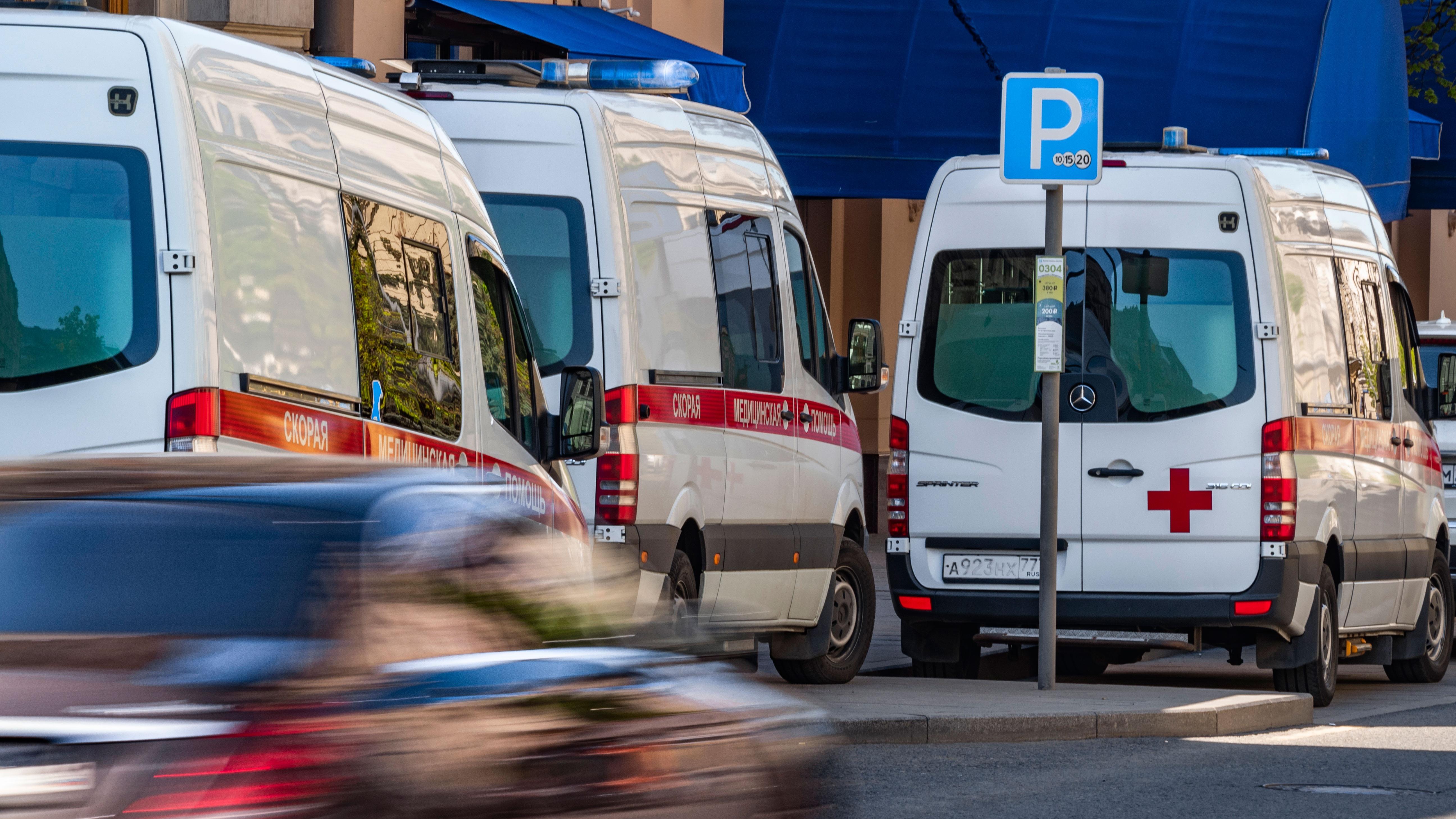 Протаранил школу: четыре человека пострадали после наезда пьяного водителя в Приморье