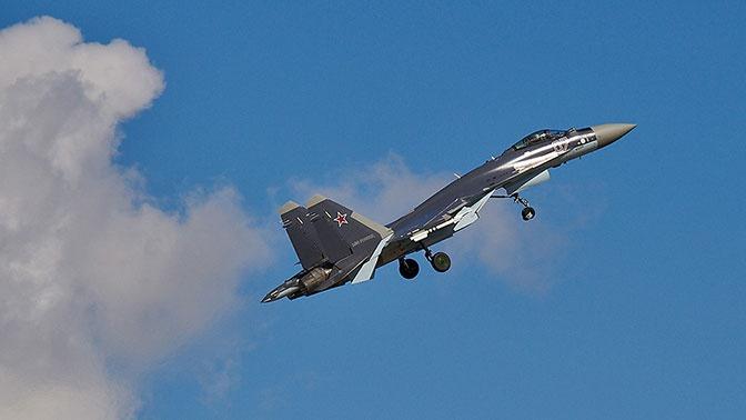 Экипажи истребителей Су-35 ЗВО принудили к посадке условного нарушителя воздушного пространства РФ в Карелии