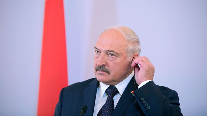 Перенес «на ногах»: Лукашенко рассказал, что переболел коронавирусом