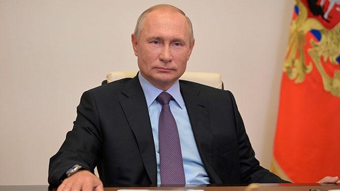 Путин утвердил повышение штрафов за продажу снюса и табака детям