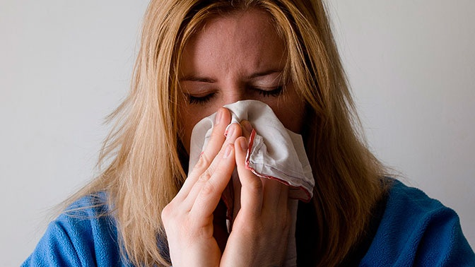 Доктор Мясников рассказал о необычном средстве от аллергии