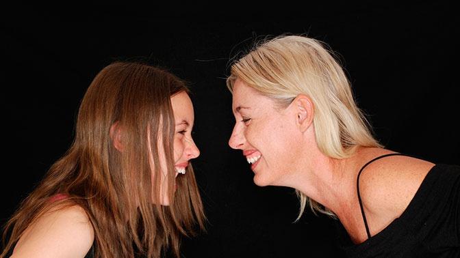 Ученые выяснили, что частый смех облегчает перенос стресса