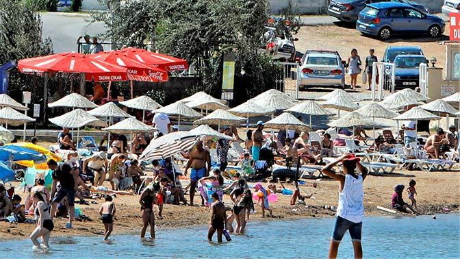 На курортах Турции отмечен рост числа зараженных COVID-19