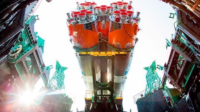 Рогозин заявил о планах создать ракету лучше, чем у Маска