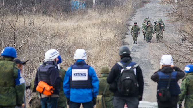 Захарова объяснила «непонимание» Киевом условий минских договоренностей
