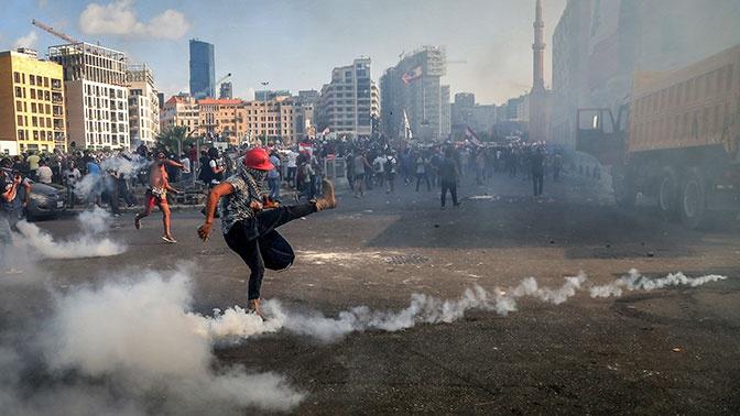 В Бейруте число пострадавших во время протестов достигло 728 человек