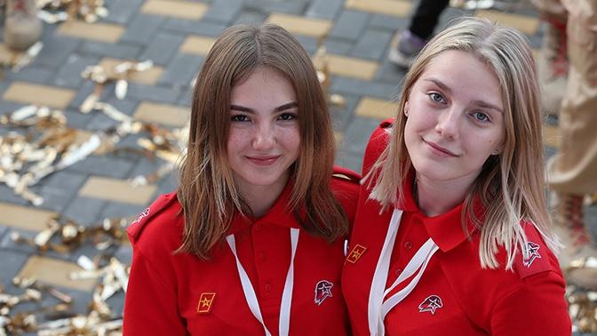 Шойгу: более 700 тысяч подростков вступили в «Юнармию»