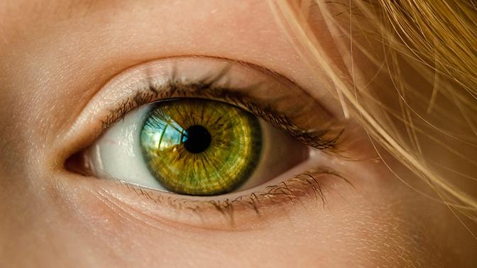 Ученые научились предугадывать скорую смерть пациента по глазам