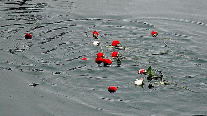 На Балтийском флоте почтили память погибших подводников АПРК «Курск»