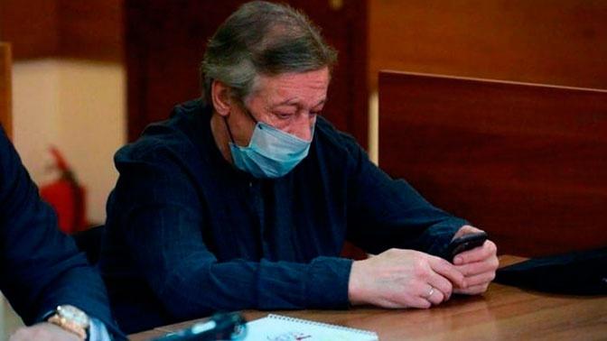 «В содеянном раскаиваюсь»: СМИ опубликовали признание Ефремова после ДТП