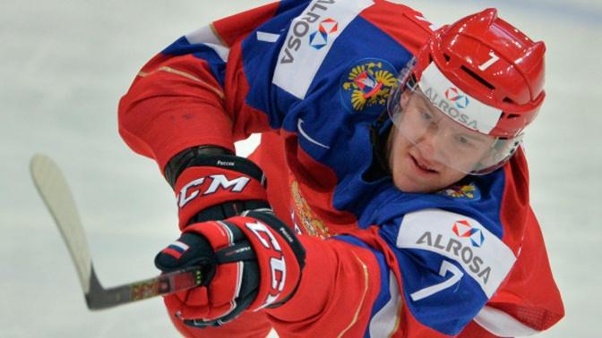 Российский хоккеист Андрей Свечников получил страшную травму в матче НХЛ