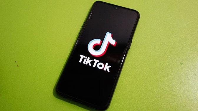 Трамп заявил о возможной покупке сегмента TikTok компанией Oracle