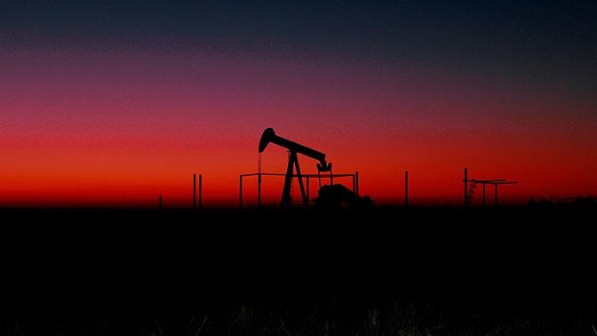 Новак: спрос на нефть восстановился до 90% от начала падения