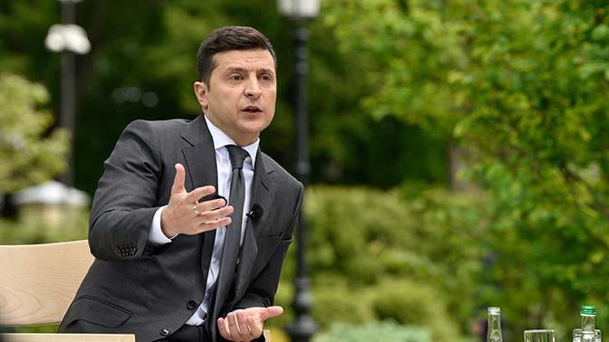 Зеленский выступил против смены места переговоров по Донбассу