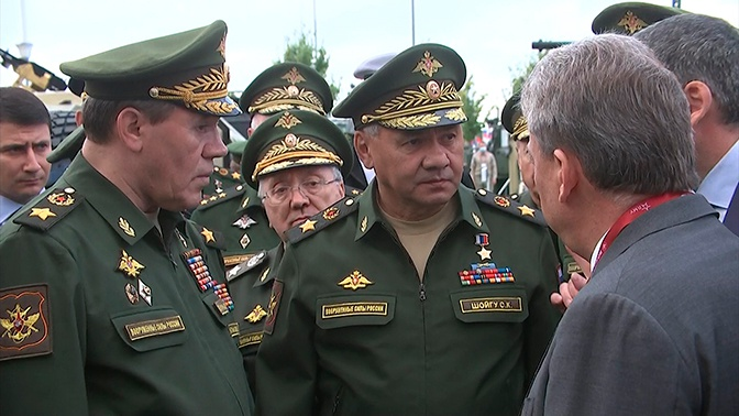 Шойгу распорядился испытать багги «Тигр» и автомобиль-амфибию «Стрела» на учениях «Кавказ-2020»