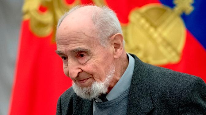«Человек незаурядного таланта»: Путин поздравил художника Шварцмана с вековым юбилеем