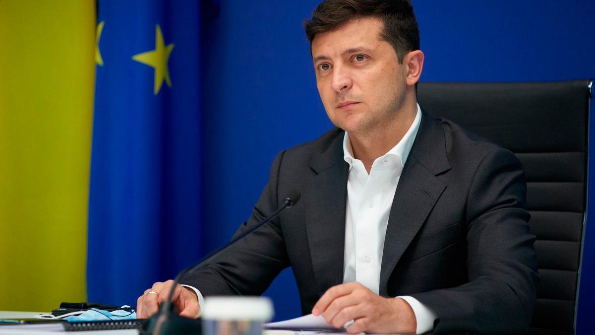 Зеленский подписал закон об увеличении минимальной заработной платы на Украине