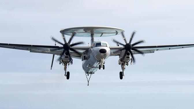 Разведывательный самолет США рухнул во время тренировочного полета