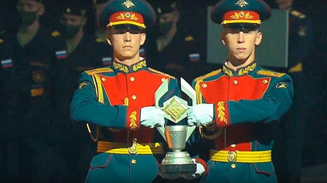 Сборной России вручили кубок победителя «Танкового биатлона»