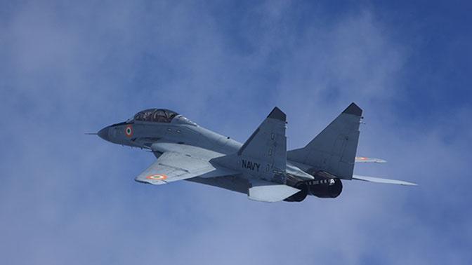 МиГ-29 сопроводил британский самолет-разведчик над Баренцевым морем