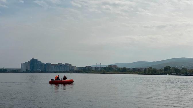 Эхолот и подводные камеры: красноярские поисковики ищут на дне Енисея самолет времен ВОВ