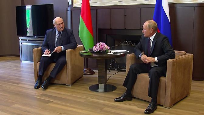 В Кремле заявили, что Путин и Лукашенко не обсуждали поставки нового вооружения в Белоруссию