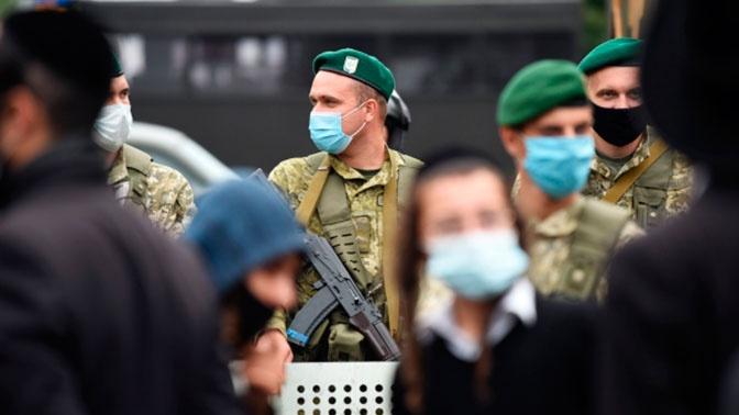 Паломники-хасиды пытаются штурмовать украинскую границу