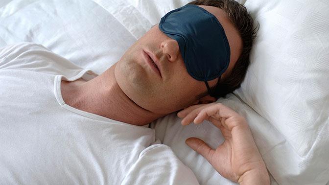 Доктор Мясников назвал продукты для улучшения сна