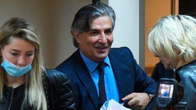 Пашаев намекнул на сумму гонорара от Ефремова