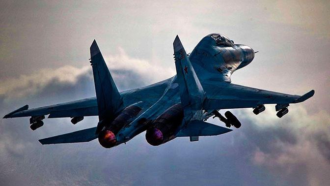 Российские Су-27 перехватили американские бомбардировщики над Черным морем