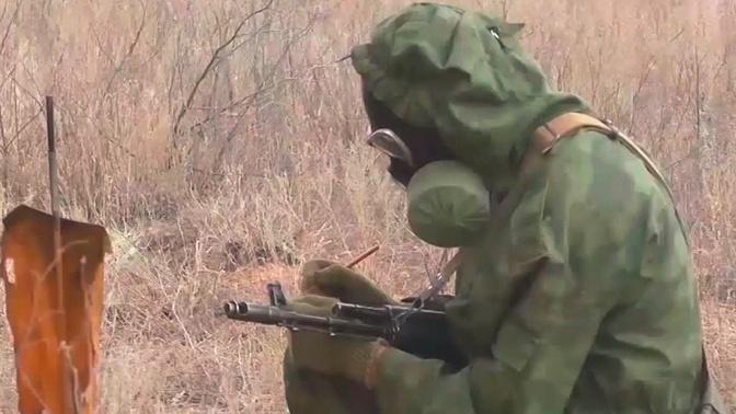 Специалисты РХБЗ уничтожили огневые точки «противника» и подготовили площадку для высадки десанта под Астраханью