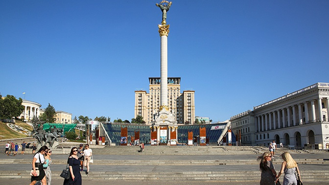 «Мы не банкомат»: глава МИД Евросоюза попросил Украину не рассчитывать на благотворительность