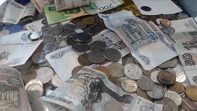 В России с 1 октября изменится порядок начисления пенсий и пособий на карту