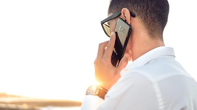 В Роскачестве рассказали о запретных для разговора по телефону с незнакомцами темах