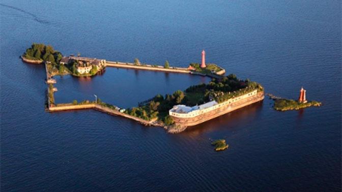 Археологи подвели итоги исследований оснований фортов «Император Александр I», «Петр I» и «Кроншлот» и акватории Каботажной гавани
