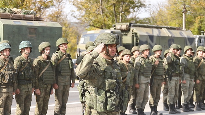 Осетинские пироги и русский каравай: в ЮВО встретили военных после «Кавказа-2020»