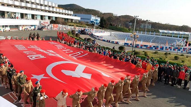 Юнармейская смена в лагере «Океан» завершилась грандиозным парадом