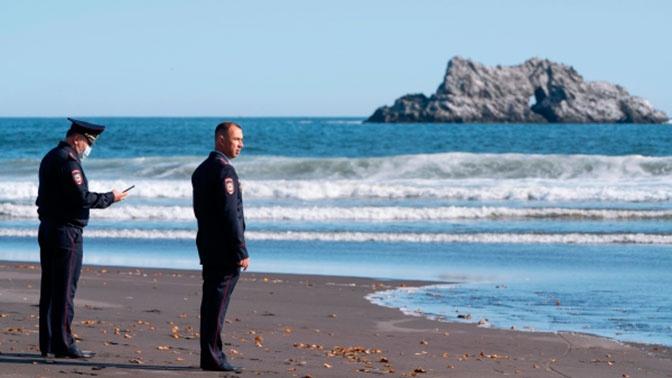Губернатор Камчатки пообещал объехать побережье с загрязненной водой