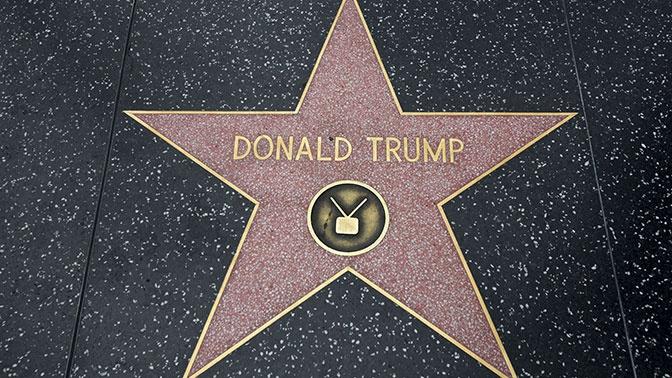 «Халк» разбил звезду Трампа на «Аллее славы»