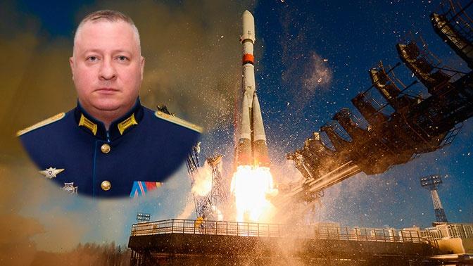 Командующий Космическими войсками представил нового начальника космодрома Плесецк