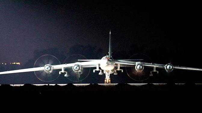 Мишени поражены успешно: Ту-95МС выполнил практические пуски крылатых ракет в Коми