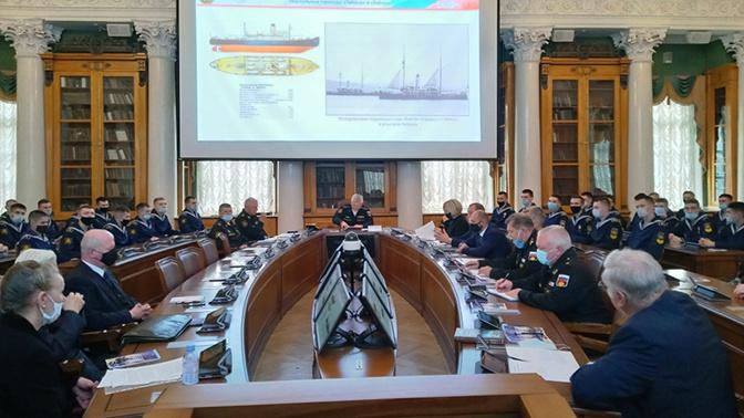 Главком ВМФ РФ Евменов поздравил военных гидрографов с профессиональным праздником