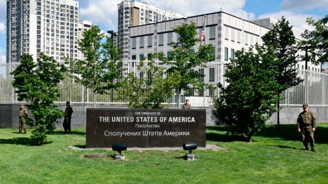 Посольство США в Киеве заявило, что Украина не закупит российскую вакцину от COVID-19