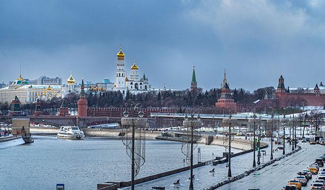 Москву накрыл дождь и мокрый снег