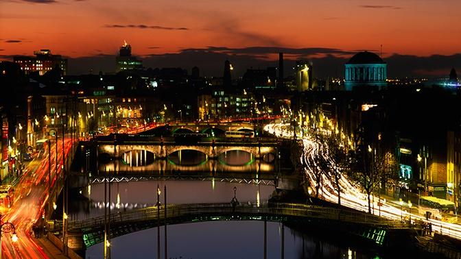 Встречи на свежем воздухе и запрет удаляться от дома: в Ирландии ужесточили карантин
