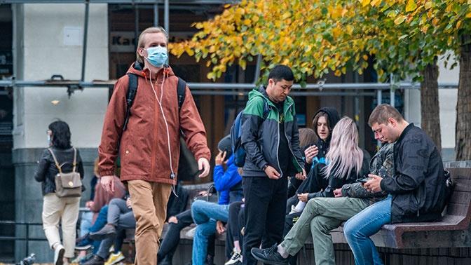 Доктор Мясников рассказал о типах коронавируса
