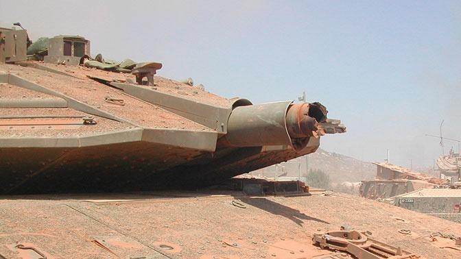 Последствия взрыва пушки танка показали на фото