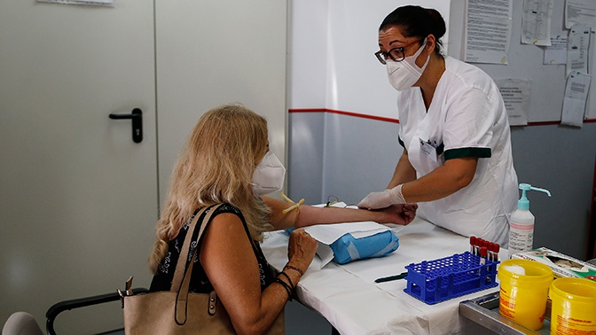 Новый антирекорд: в Италии коронавирусом за сутки заболели более 20 тысяч человек